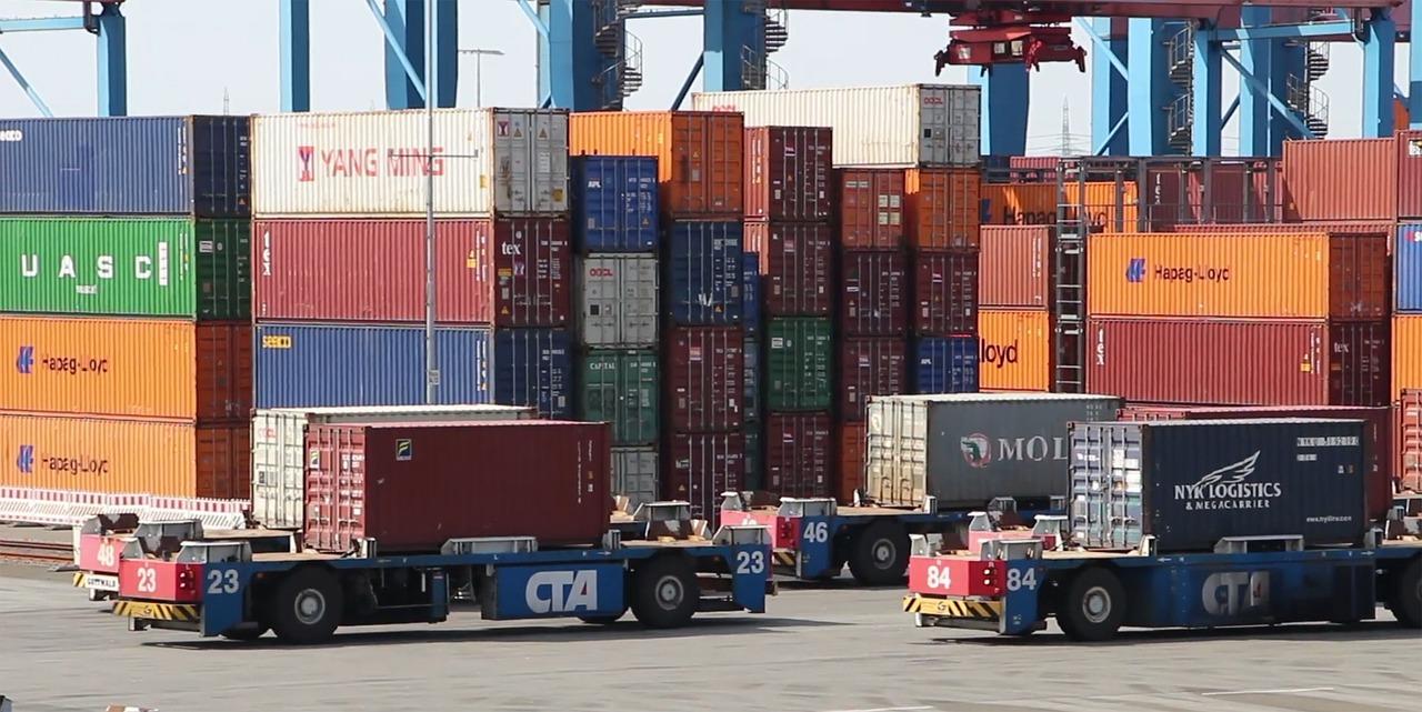 Efficiënt en gemakkelijk containers verplaatsen